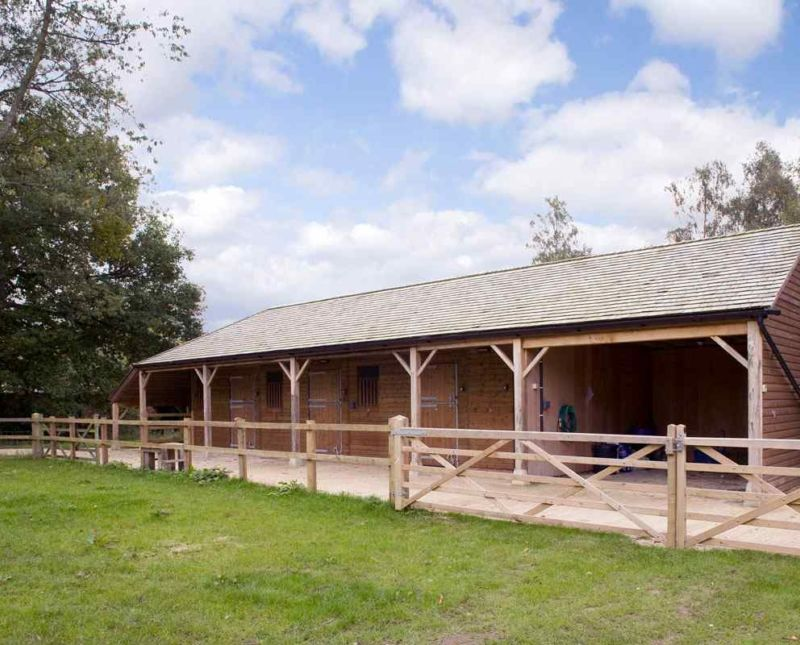 Three Stables With Oak Posts Beams And Stays