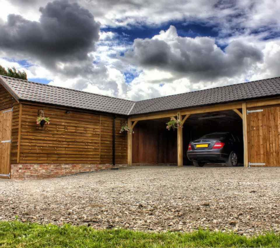 Bespoke timber garage scheme